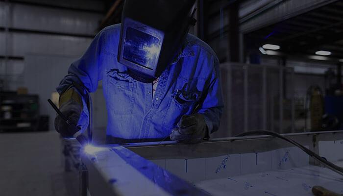 「製造業」の動画活用のポイントと参考事例を紹介